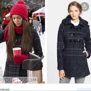 ASO Elena Gilbert Guess Toggle Coat